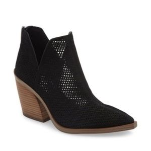 Vince Camuto Faltada Suede Boots Perforated Black